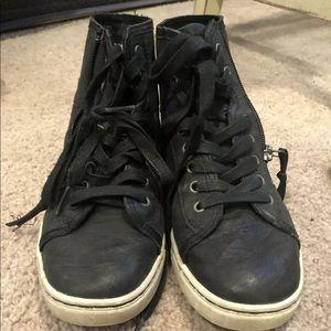 Ugg sneakers 7